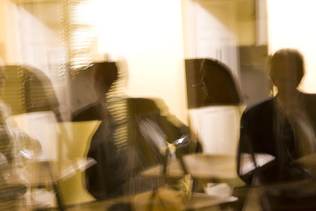 Mesurer la souffrance au travail : des sirènes hurlantes au mur du silence