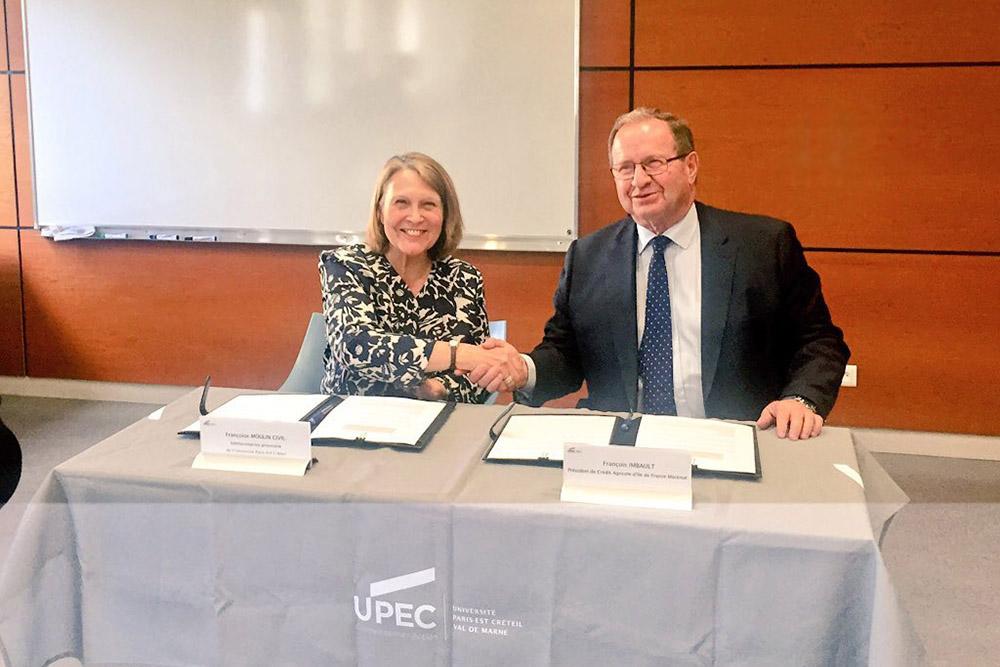 Signature d'une convention de mécénat entre l'UPEC et le Crédit Agricole Ile-de-France
