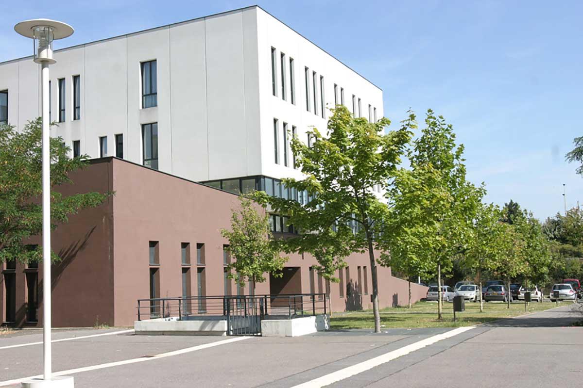 Inauguration de la Maison de l'Innovation et de l'Entrepreneuriat Étudiant (MIEE) de l'UPEC